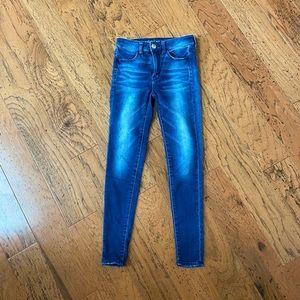 NWOT AMERICAN EAGLE Skinny Jeans